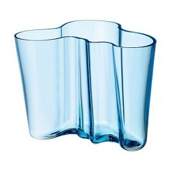 Iittala Alvar Aalto Vase 160 mm light blue